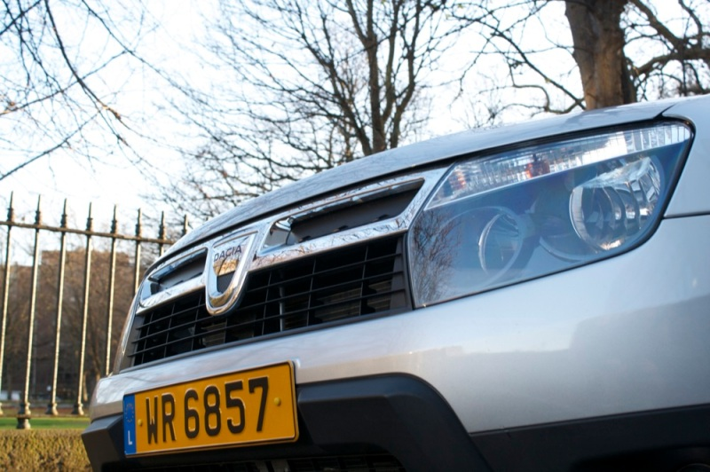 Dacia-Duster-badge