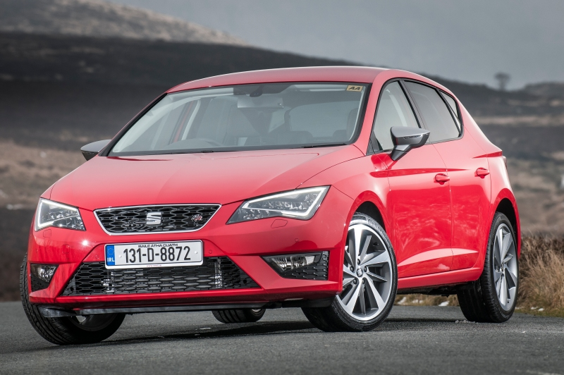 SEAT Leon FR - red - 2013 - 003