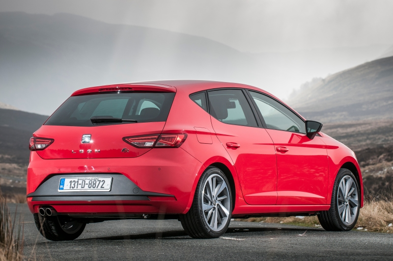 SEAT Leon FR - red - 2013 - 022