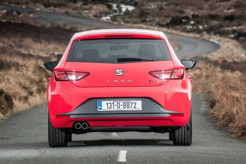 SEAT Leon FR - red - 2013 - 039