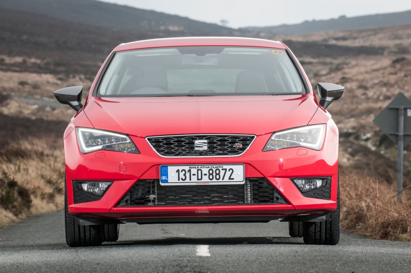 SEAT Leon FR - red - 2013 - 050