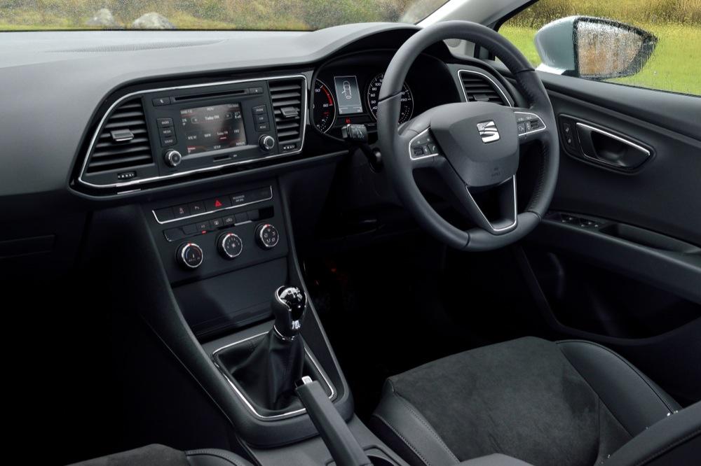 SEAT Leon ST interior |