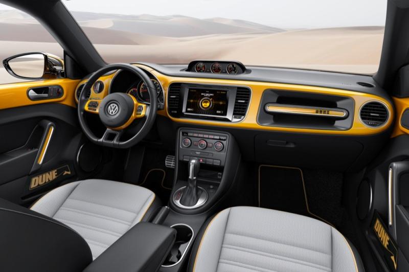 Volkswagen Beetle Dune interior