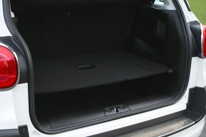 Fiat 500L boot