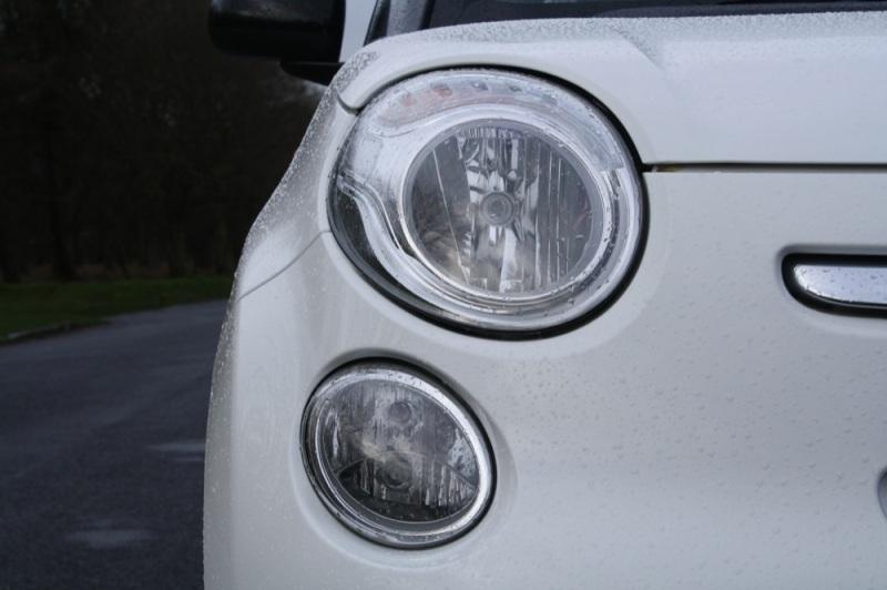 Fiat 500L lights